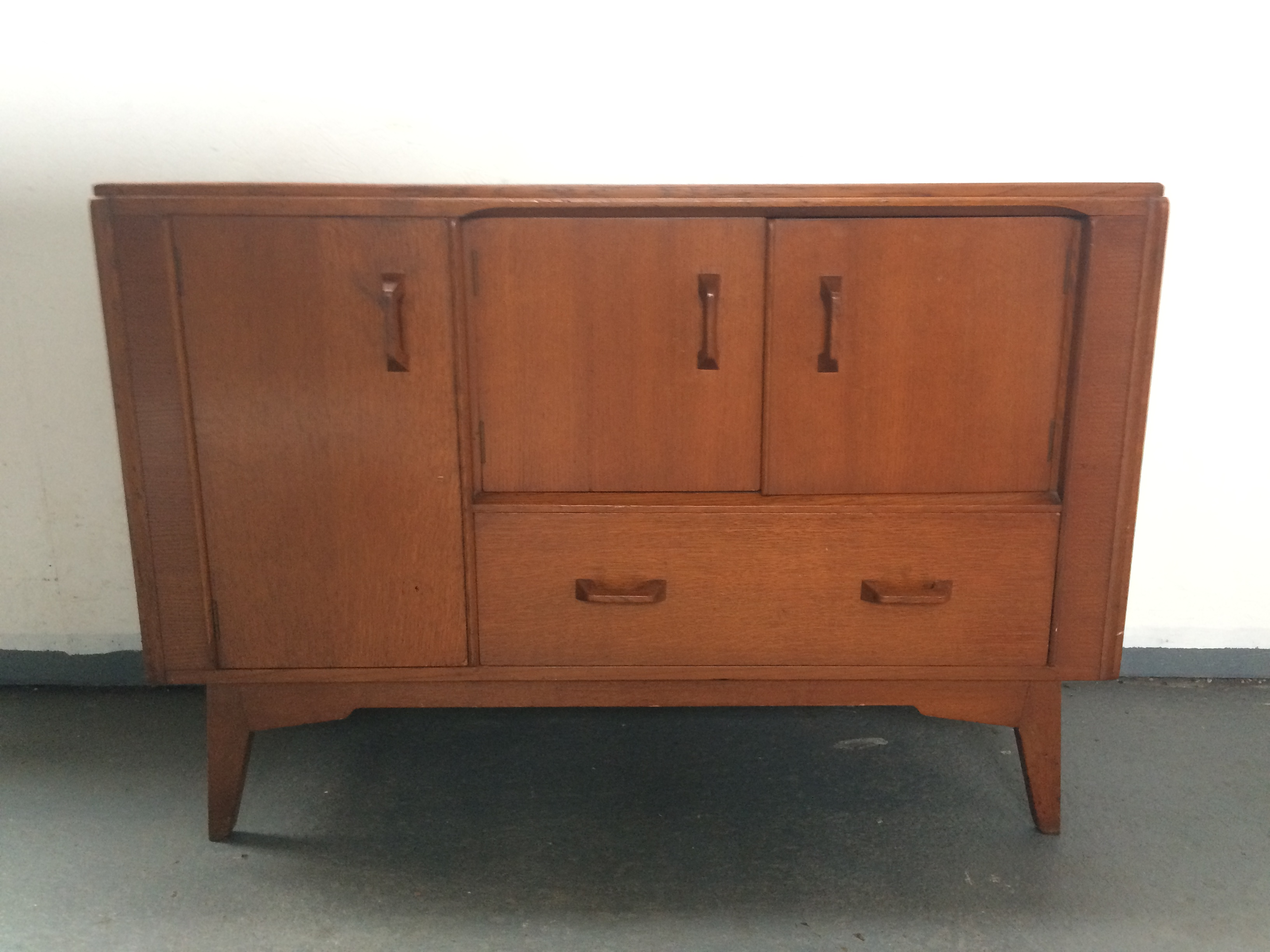 Stunning mid century authentic g plan brandon sideboard teak for Affordable furniture brandon