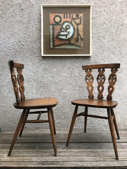 Set Four Vintage ERCOL Fleur De Lys Dining Chairs 375 Carved Back