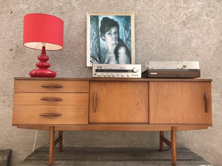 Vintage 1970's Avalon Sideboard Media Unit
