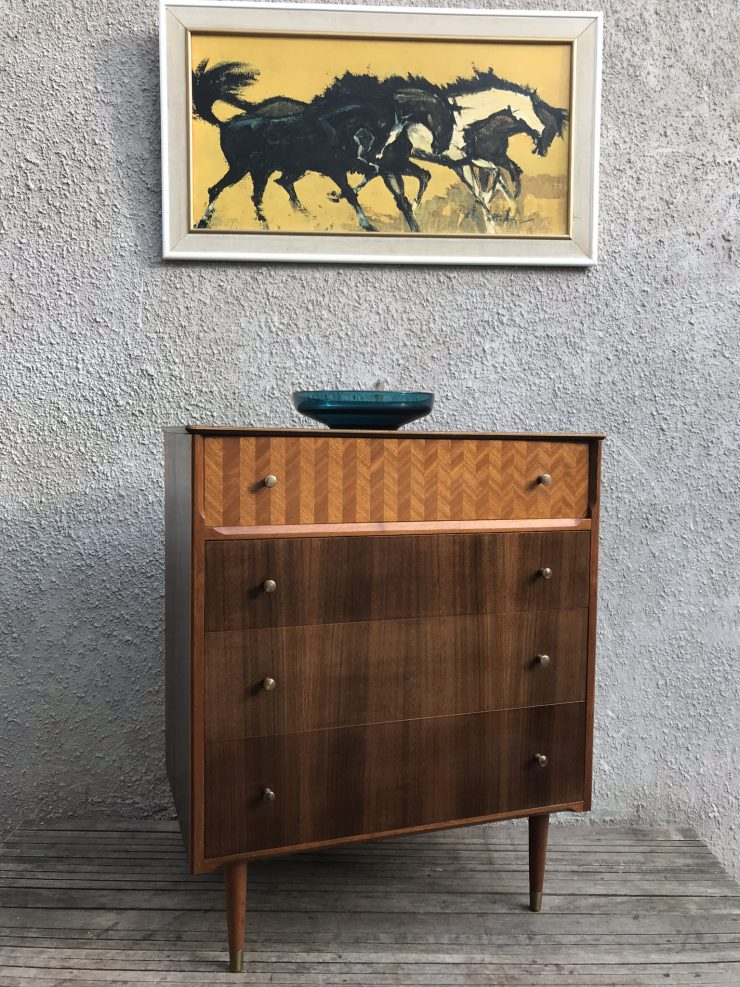 Mid Century Vintage Chest of 4 Drawers / Tallboy by UNIFLEX