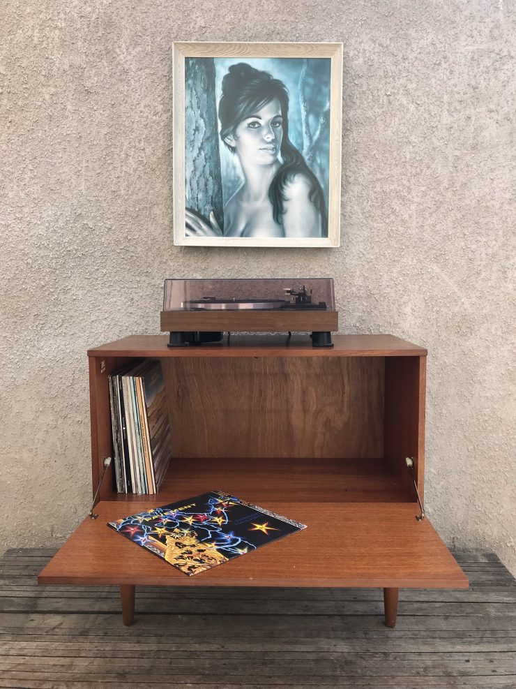Retro Record Vinyl TV Cabinet Cupboard / Small Sideboard on  Raised Legs