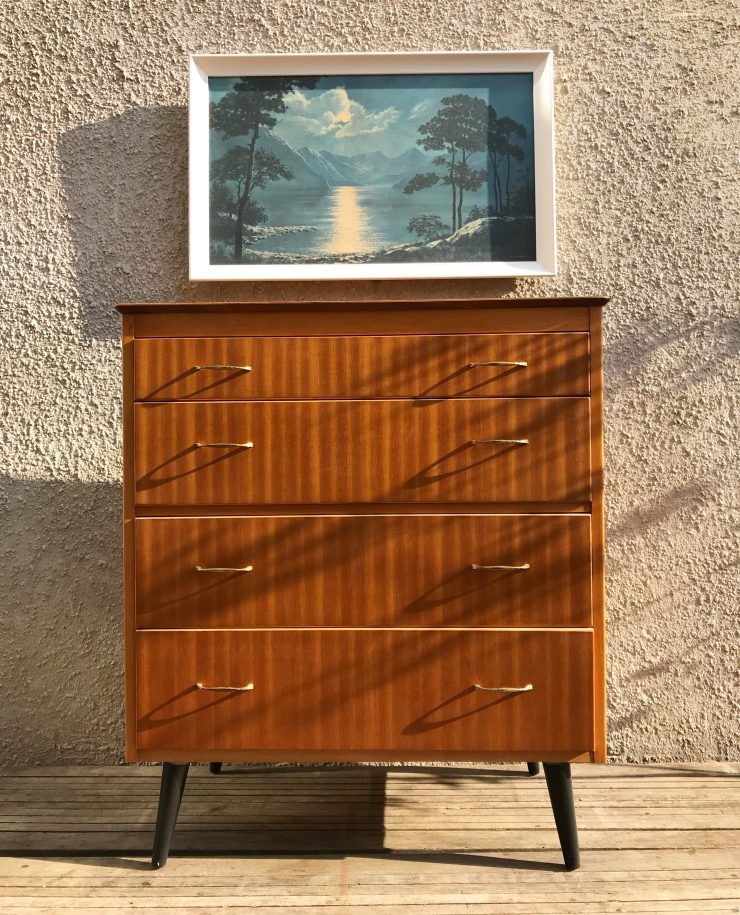 Mid Century Vintage Chest of 4 Drawers / Tallboy with Splayed Legs