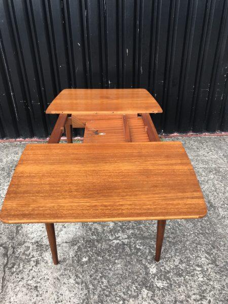 Mid Century Teak ELLIOTS OF NEWBURY Extendable Dining Room Table