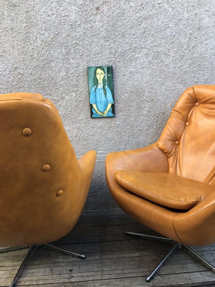 Pair of Vintage Mid Century Swivel 'Egg' Armchairs