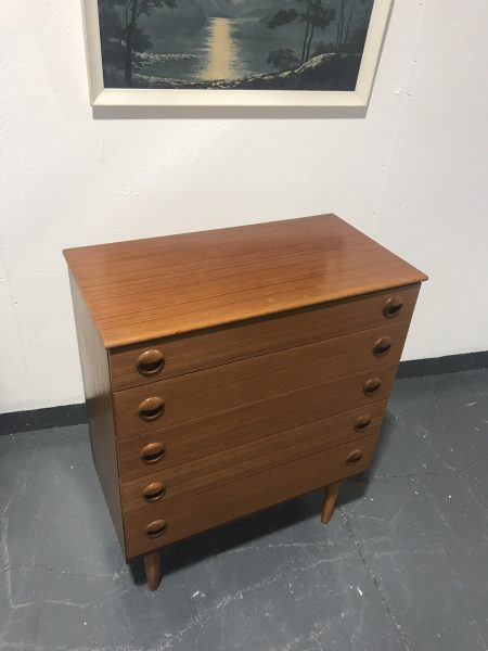 Mid Century Vintage Chest of 5 Drawers by Schreiber
