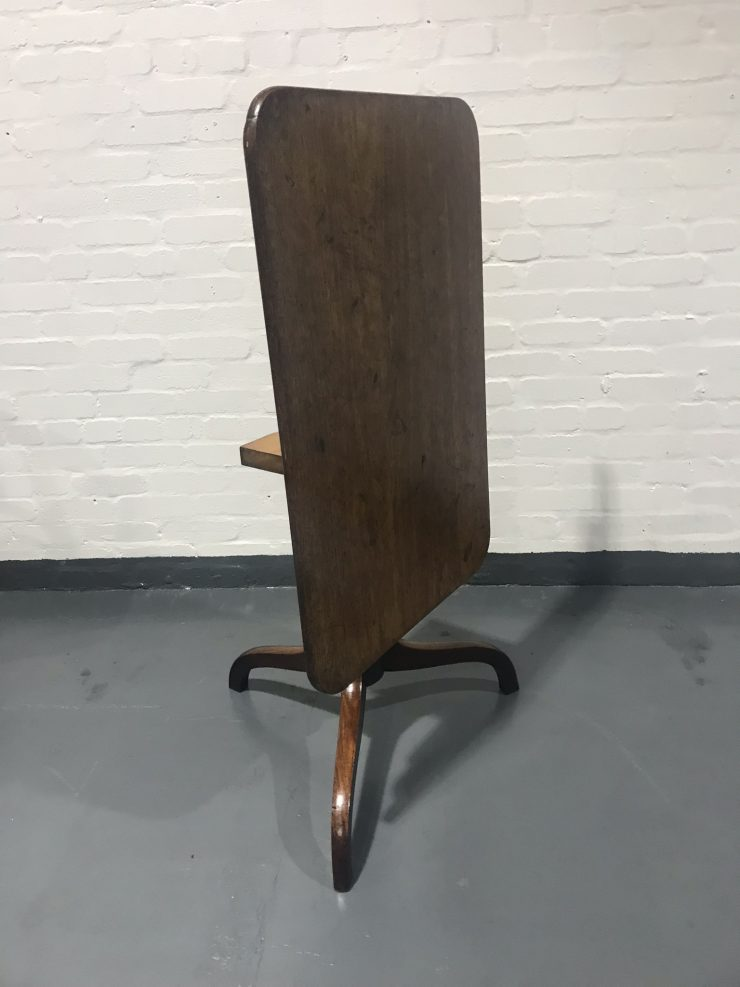Antique Georgian Mahogany Tilt Top Supper / Tea or Occasional Lamp Table