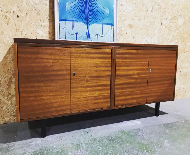Sleek Vintage Retro Modernist Sideboard Credenza Media TV Cabinet