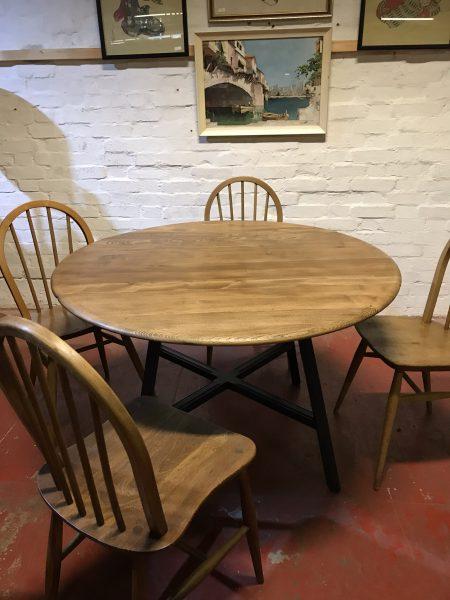 1980s Ercol Elm & Beech Windsor 377 Drop Leaf Dining Table