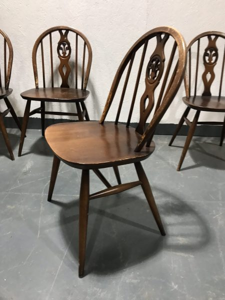 Set of 4 Mid Century Vintage ERCOL Windsor Dining Chairs