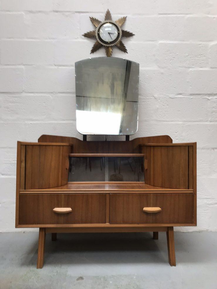 Art Deco 1950s Mid Century HUNT Dressing Table