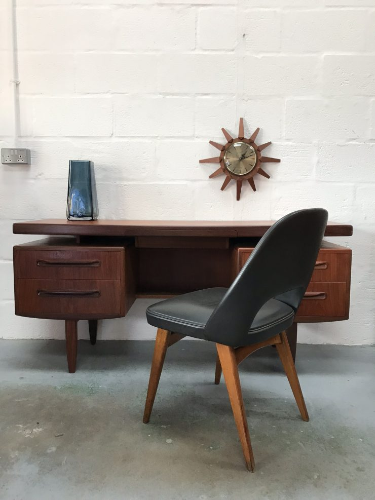 Classic 1960s G PLAN FRESCO Floating Top Desk / Dressing Table