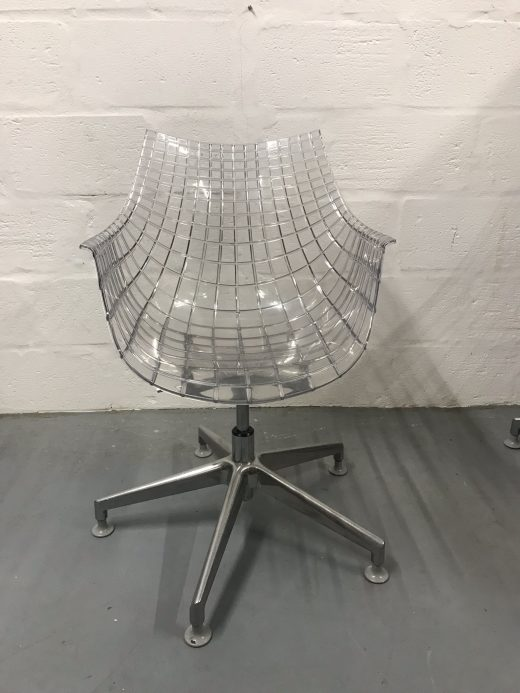 1 x Transparent Driade Meridianda Swivel Chair