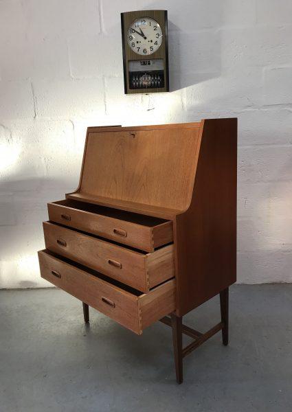 Vintage Mid Century 1960s Bureau / Desk