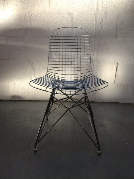 Single Eames Style Chrome Metal Wire Occasional Chair