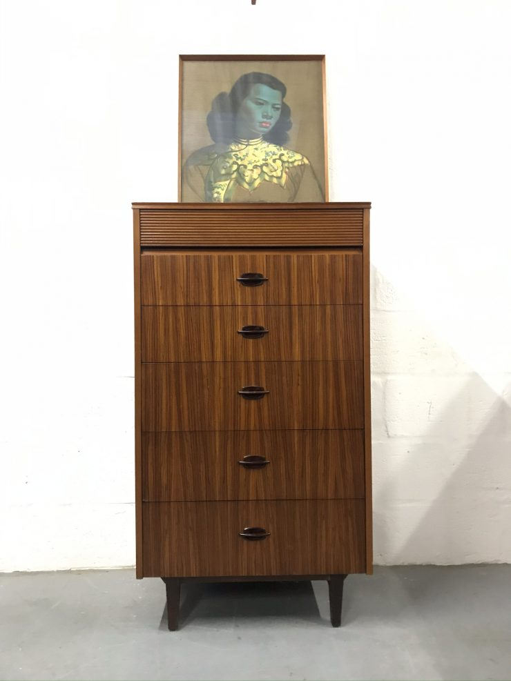 Vintage Mid Century Elliot's of Newbury (EON) Chest of Drawers