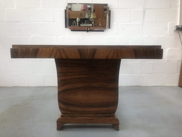 Stunning Art Deco Dining Table in Burr Walnut