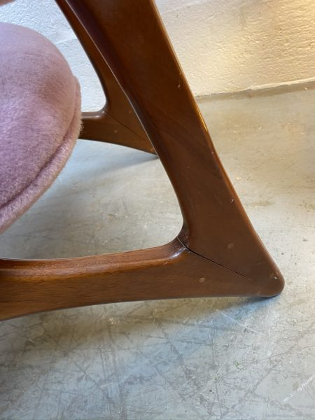 A Superb Vintage Occasional / Bedroom Chair MCM Teak