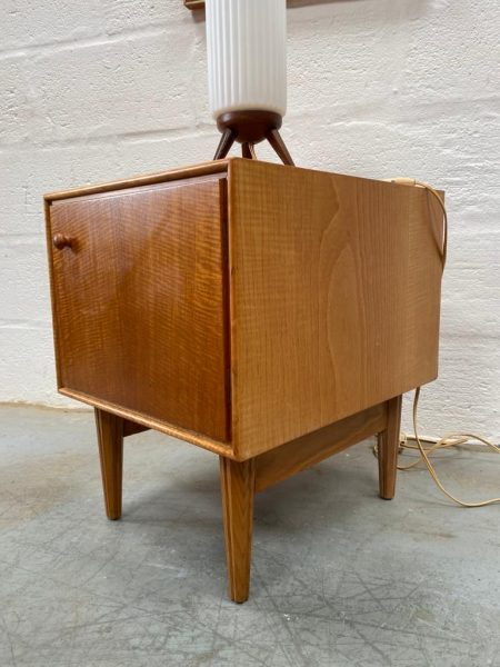 Vintage Mid Century Modern Single Bedside Cabinet / Lamp Side Table