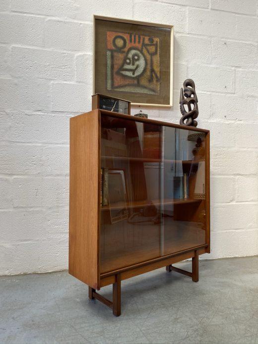 Mid Century Vintage Bookcase / Display Cabinet