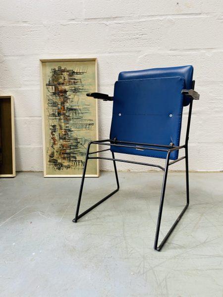 A Vintage Set of 4 Ernest Race Auditorium Chairs