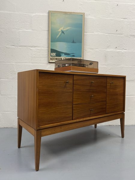 1950s Dressing Chest of Drawers / Sideboard by Uniflex