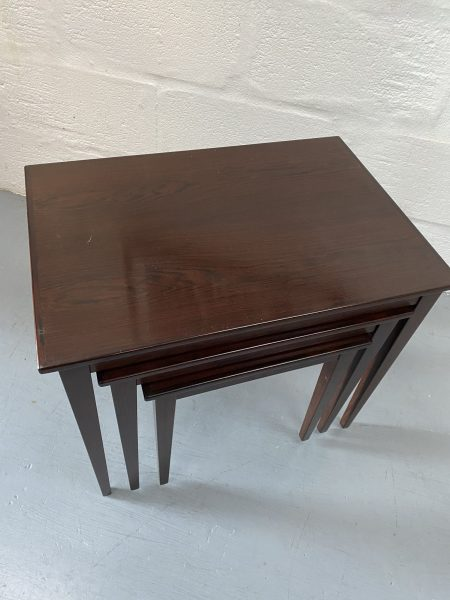 Mid Century Vintage Danish Rosewood Nesting Tables KVALITET FORM FUNKTION 1960s