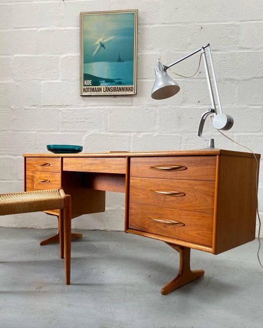 Vintage / Retro Austinsuite Desk