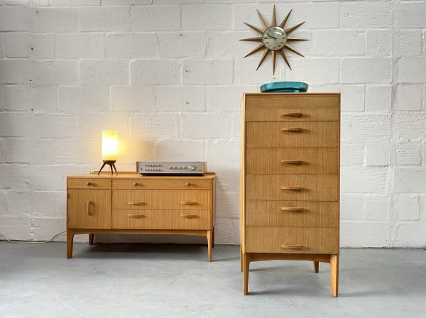 Mid Century Oak Chest of Drawers / Tallboy